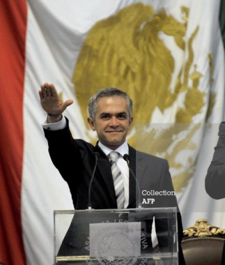 Mexico City Mayor Miguel Angel Mancera inaugurated 120512 by Guillermo Ogam, AFP
