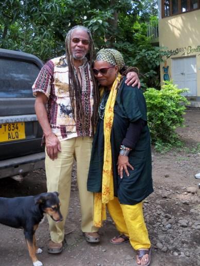 Mzee Pete, Mama C OGÇÖNeal Tanzania 0813 by Wanda, web