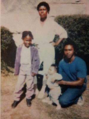 Prison visit to Oscar Grant Jr., rt, by Chantay, Wanda Johnson, Oscar Grant III