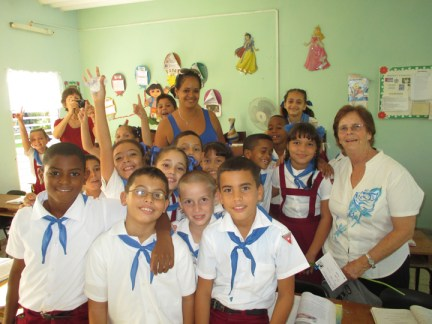Richmond Regla Cuba Tour Tarnel Abbott, students, teacher Juan Blandino Elem. School, Regla 1213 courtesy Tarnel Abbott,