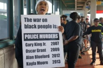 Listing just a few of the police murders in the Bay Area was another way the Blackout Collective educated the public to understand why they were compelled to risk their lives. – Photo: Pen Harshaw