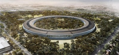 "The architect's rendering of Apple's ""spaceship"" or ""donut"" campus upon completion"