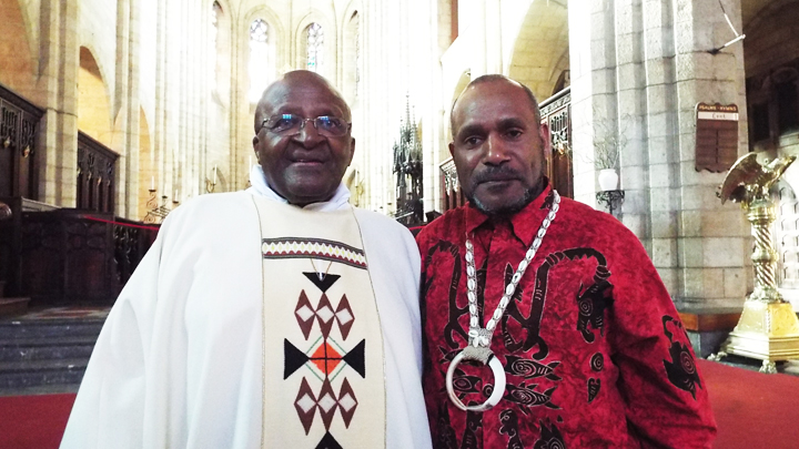 https://i0.wp.com/sfbayview.com/wp-content/uploads/2015/05/Archbishop-Emeritus-Desmond-Tutu-Free-West-Papua-Campaign-founder-Benny-Wenda-meet-in-St-George%E2%80%99s-Cathedral-Cape-Town-South-Africa-022715.jpg