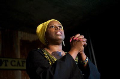 Cynthia McKinney on her Triumph Tour speaks Aug. 21, 2009, upon her return from her second attempt to break Israel's blockade of Gaza. On the Bay View-Block Report tour, she told how her boat was rammed and nearly sunk and she spent a week in an Israeli prison. – Photo: Kamau Amen-Ra