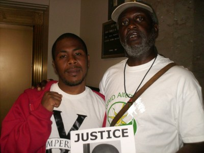 Baba Jahahara came to court to support JR Valrey, who had been jailed a few days after the murder of Oscar Grant immediately asking Mayor Ron Dellums at a press conference why he had taken no action against the killer cop. JR had to fight the ridiculous charge of setting fire to a trash can for the ensuing year.