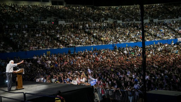 Bernie Sanders has been drawing huge crowds everywhere he speaks, though corporate media shies away from telling us. Here, he speaks in Los Angeles to 27,500 in August 2015; his rally in neighboring Carson this week drew a similar number. – Photo: Marcus Yam, LA Times