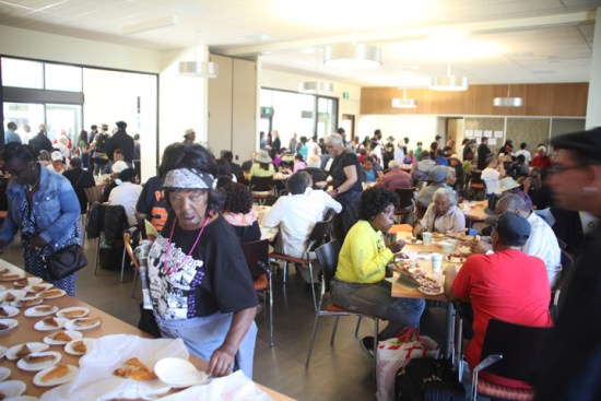 Bayview Senior Services managed to feed the multitude. The dining hall was filled with delicious food and warm conversation among old friends and new. – Photo: PhotoArtist Gene Hazzard