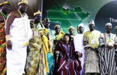 Muammar Qaddafi meets with over 200 African traditional rulers to urge unity, on Aug. 29, 2008. Fear of African unity must have been a major motivator for the invasion of Libya and the murder of Qaddafi, who used Libya's oil wealth to make unity feasible. – Photo: BBC