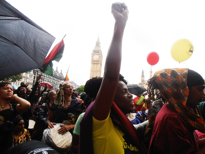 https://i0.wp.com/sfbayview.com/wp-content/uploads/2016/08/London-Reparations-March-G%C3%87%C3%BFYes-for-ReparationsG%C3%87%C3%96-at-Parliament-Square-080116-by-Jahahara-web.jpg