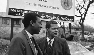 Stokely Carmichael and Julian Bond, leaders of SNCC, in 1967 – Photo: Horace Cort, AP