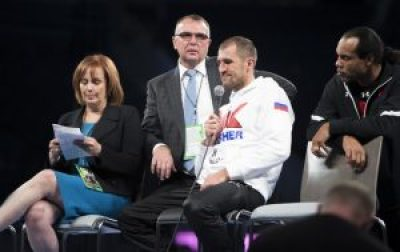"Sergey Kovalev's team – Main Events CEO Kathy Duva, Kovalev's manager Egis Klimas, Sergey Kovalev and trainer John David Johnson – came to the post-fight press conference demanding an immediate rematch claiming Kovalev loss was ""robbery"" due to favoritism and poor U.S. judging. – Photo: Malaika Kambon"