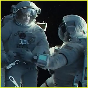 Gravity (2013) (a film review by Mark R. Leeper).