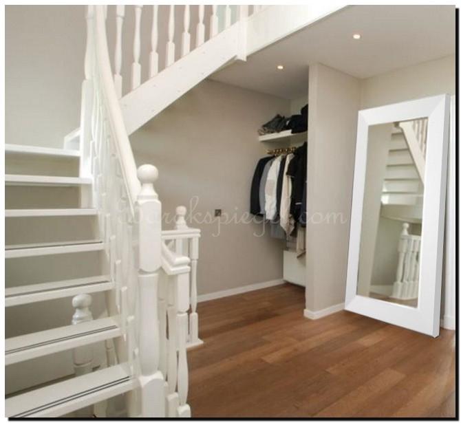 Grote witte spiegel als woonaccessoire Tips Ideen en