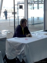 Worldcon 2014 - Sesiuni autografe 04 - Alastair Reynolds