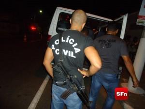 OPERAÇÃO DA POLÍCIA CIVIL FOTO VINNICIUS CREMONEZ 1A