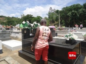 cemitério finados a