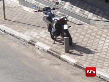 moto calçada 1