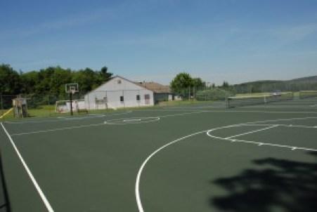 Blakeslee TennisBasketball