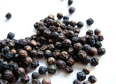 dry-cough-home-remedies-black-pepper