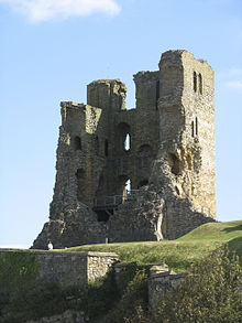"<a href=""https://www.english-heritage.org.uk/visit/places/scarborough-castle/"">12th Century Castle</a>"