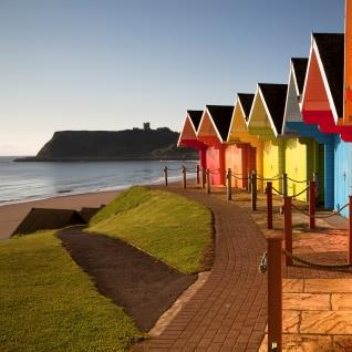 "<a href=""https://www.discoveryorkshirecoast.com/scarborough"">North Bay</a>"
