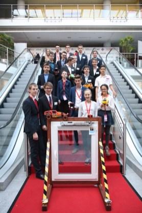 SG-Schüler auf der Erfindermesse Nürnberg.