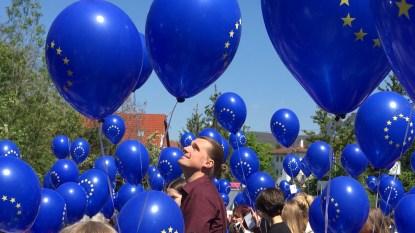 Luftballonstart am Europatag in Aalen