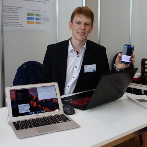 03.02.2018: Kai Krull erhält für seine smarte Cross-Platform Arduino-App einen dritten Preis im Fachgebiet Mathematik und Informatik