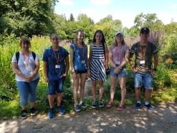 """17.-19.07.2018: Teilnehmer des Projekts """"Mittelalterliche Kloster- und Kräutermedizin"""" auf dem Gelände der Fa. Weleda in Gmünd"""