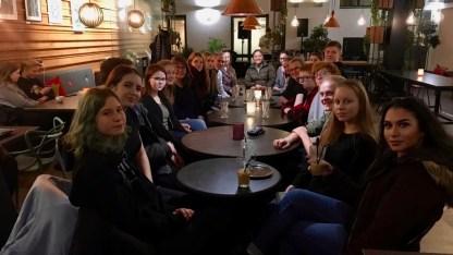 06.11.2018: Vom 29.10. bis 8.11. sind elf unserer Schüler zu Gast in Muhos, Finnland. Neben dem täglichen Schulalltag im Muhoksen Lukio Gymnasium bekamen die Schüler bereits die Gelegenheit, zum nördlichen Polarkreis zu fahren und einen Abstecher nach Schweden zu machen.