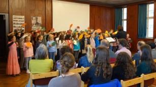 20.11.2018: Die SG Voices singen Herbstlieder bei der Verleihung des Grünen Aals