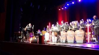 """15.03.2019: Jetzt darf Saxophon-Altmeister Klaus Graf selbst an Mikro, begleitet von der SG Big Band, die er zuvor in einem Workshop gecoacht hatte (""""Unglaublich viel Talent in der Band!"""" meinte Graf anerkennend im persönlichen Gespräch während des Workshops)."""