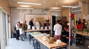 15.05.2019: Dichtes Gedränge im Biologie-Praktikumssaal