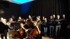 10.12.2019: Das Orchester des SG begleitet den Lehrerchor