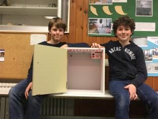 """27.02.2021: Elias Eberhard und Kian Jürgens (7a) erhalten mit ihrem Projekt """"Schließfach 2.0"""" den 3. Preis in der Rubrik Technik (Schüler experimentieren) und einen Sonderpreis."""