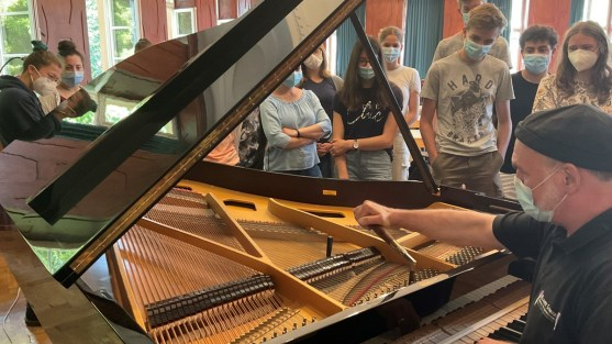 LF Musik Klavierstimmer
