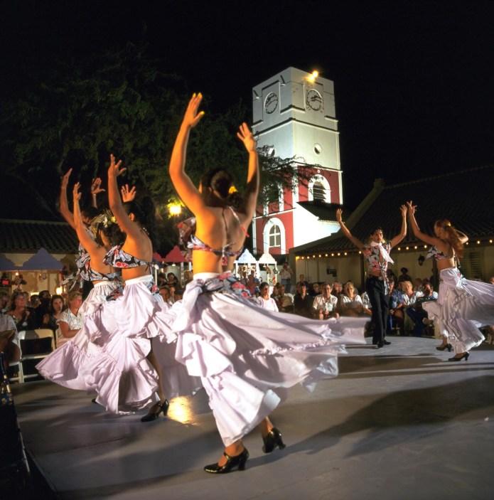 Local Aruban Dancers