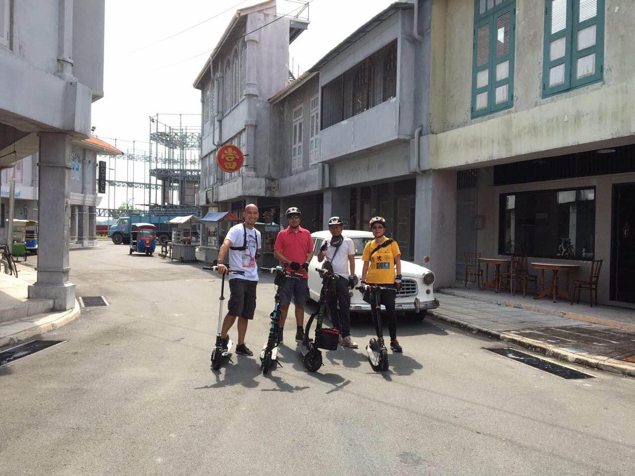 singapore-inokim-riders-in-batam