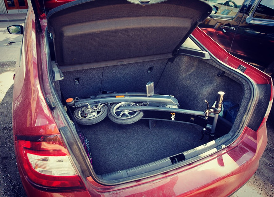Stigo Electric Scooter Fits Easily into the Boot of a Sedan