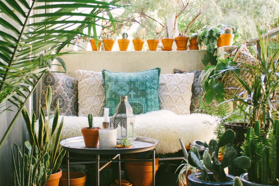 Small Home Big Style: A Plant Filled Bohemian Rental in LA