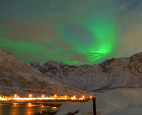 aurora boreale lago