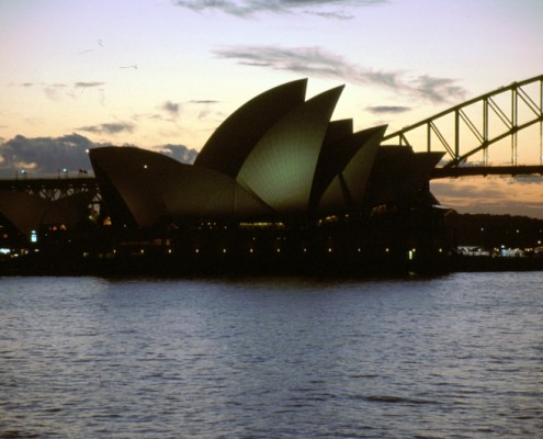 Australia: Sidney opera House di sera