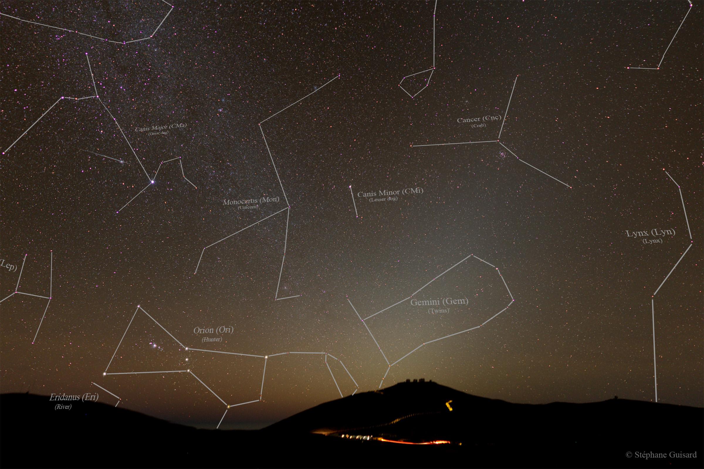 https://i0.wp.com/sguisard.astrosurf.com/Anim-astro/Paranal-ZL-MW/SGU-Paranal-Zodiacal_Light-MW-West-const-names-M-cp10.jpg