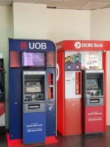 UOB share price