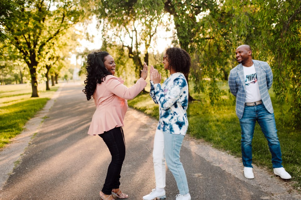 family photographer in philly extended