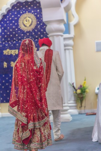 Raman and Priya's Sikh ceremony was earlier in the day. Afterwards they did a Hindu ceremony at Silver Creek Valley Country Club
