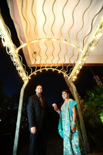 Before the reception, once all the lights around the Radisson go on - you'll find great places for photo shoots at night.