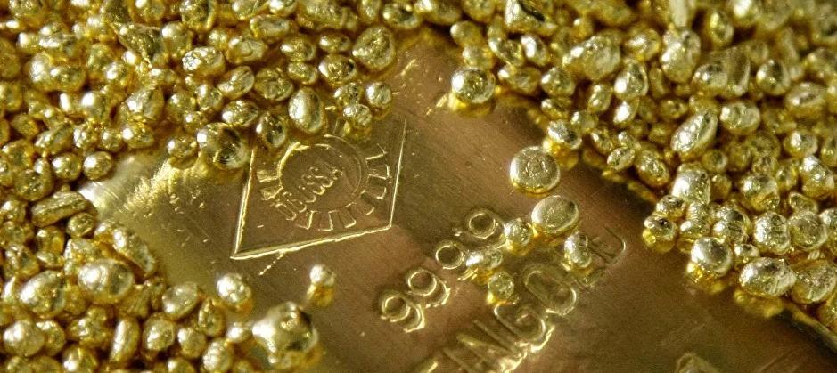 السودان يوقع 10 اتفاقيات امتياز للتنقيب عن الذهب