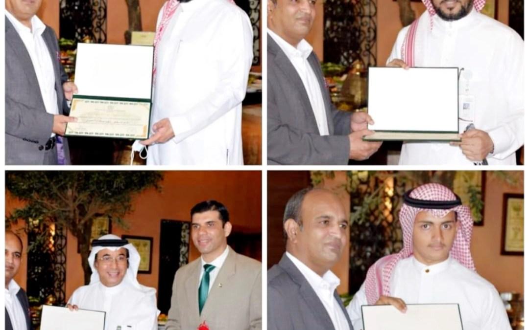 القنصل العام لدولة باكستان يكرم الإعلاميين السعوديين
