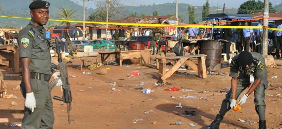 مسلحون يختطفون 42 شخصًا بينهم 27 طالبًا من مدرسة في نيجيريا